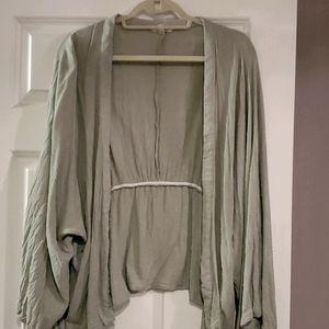 Sim & Sam wide sleeve short kimono
